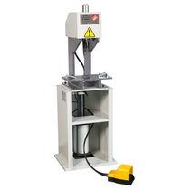 Punch press / pneumatic