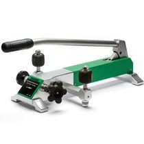 Pneumatic calibration pump / manual / high-pressure