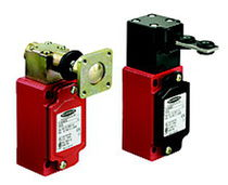 Single-pole switch / latching / safety / compact