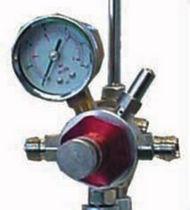 Air pressure regulator / single-stage / membrane / with pressure gauge