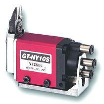 Cutting pliers / pneumatic