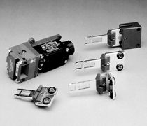 Thermoplastic switch / with separate actuator / safety / watertight