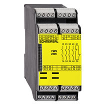 Safety relay / DIN rail / emergency stop