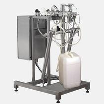 Liquid dispensing system / volumetric