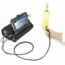 Oxygen analyzer / portable