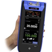 Digital pressure controller / gas / for pressure calibration / precision