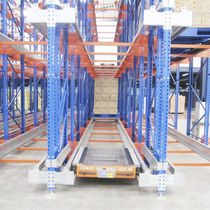 Pallet shelving / for heavy loads