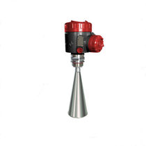 Radar level transmitter / for liquids / for storage tanks