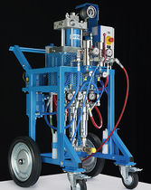 Two-component paint spraying unit / pneumatic / hydraulic
