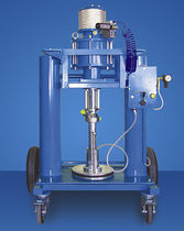 Pneumatic press / drum / ram