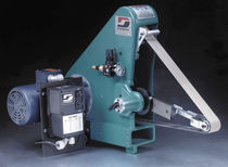 Flat grinding machine / for metal sheets / PLC-controlled