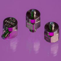1-axis accelerometer / piezoelectric / with built-in electronics / miniature
