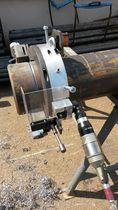 Rotary blade cutting machine / pneumatic