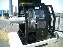 Hydraulic chamfering machine / for pipelines
