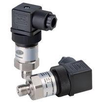 Relative pressure transmitter / piezoresistive / strain gauge / analog