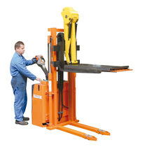 Electric stacker truck / walk-behind / for press tool handling / with platform
