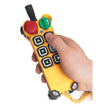 Radio remote control / with buttons / for lifting equipment