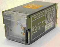 12V DC electromechanical relay / plug-in