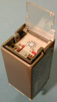 Protection time relay / panel-mount