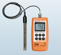Portable pH meter / process / digital / precision