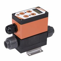 Electromagnetic flow meter / for liquids / economical / with analog output