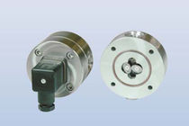 Oval gear flow meter / for liquids / in-line