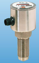 Thermal flow switch / for liquids / insertion