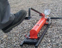 Foot-operated pump / steel / transporting
