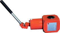 Hydraulic jack / for lifting applications