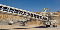 Belt conveyor / mobile / horizontal / transport