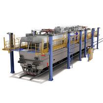 Work platform / for railway vehicles / long-range
