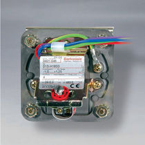 adjustable diaphragm pressure switch -0.006 - -1 bar , 0.005 - 10.3 bar| D1S, D2S Barksdale