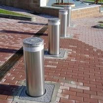 automatic retractable bollard  Wilcox Door Service Inc