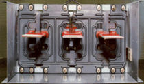 busbar with metal housing 1 200 - 6 000 A, 600 - 34 500 V GE Electrical Distributions