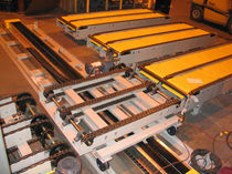 chain conveyor for pallet transfer  Intersystems