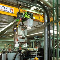 chain hoist with extra low headroom trolley 125 - 5 000 kg | STK series STAHL CraneSystems GmbH