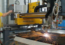 CNC plasma and oxyacetylene cutting machine max. 9 000 mm/min | FALCON™ ESAB