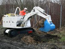 compact excavator for underground mining 6 800 kg | dh EQ200 deilmann-haniel mining systems