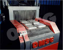 continuous conveyor belt shot blasting machine CWB OMSG - OFFICINE MECCANICHE SAN GIORGIO SpA