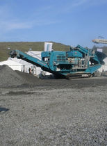 crawler mobile cone crusher 350 t/h (386 US tph) | Maxtrak 1300 Powerscreen