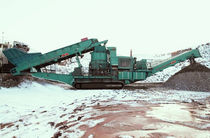 crawler mobile cone crusher 950 t/h (1 047 US tph) | Maxtrak 1500 Powerscreen