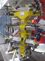 custom manipulator end effector  COMAU S.p.A. - Powertrain Systems