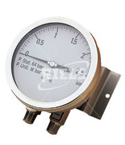 diaphragm operated differential pressure gauge 0 mbar - 16 bar, Inox | MDC Riels Instruments