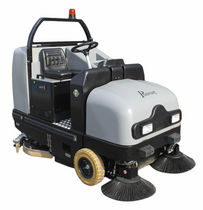 diesel ride-on sweeper-scrubber-dryer 8050 m² / h, moteur 950 cm3 | COMBINE115D PHARAON