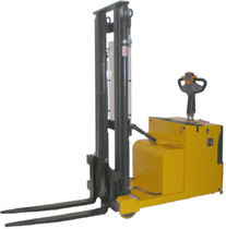 electric counterbalanced stacker max. 1 200 kg, 1 600 - 4 500 mm | ITBC12 H.E.S