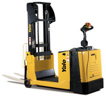 electric counterbalanced stacker 1.0 - 1.5 t | MC series Yale