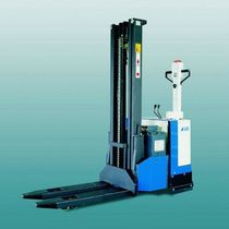 electric pedestrian stacker 1.2 - 2 t | EGI series MIAG