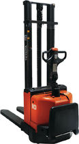 electric stacker 800 - 2 100 kg | BT Staxio series  TOYOTA Material Handling