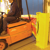 fall arrest barrier 4 500 kg | Dok-Guardian Caljan Rite-Hite