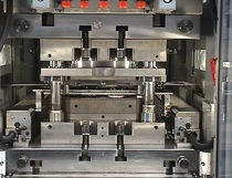 fast tool handling system for presses  Feintool Technologie AG